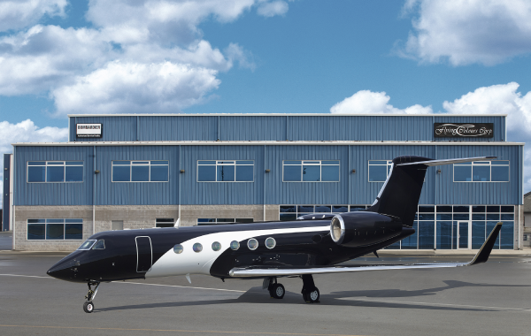 Flying Colours Corp. Peterborough paint shops brings style and quality to the skies