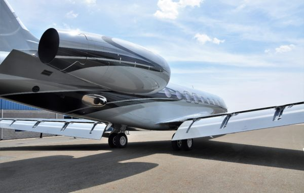 Flying Colours Corp. completes custom paint scheme for Gulfstream G650